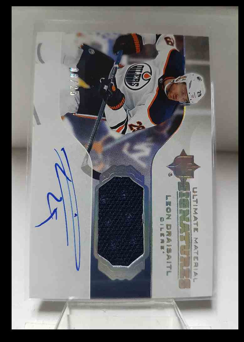 2019-20 Ultimate Collection Ultimate Material Signatures Leon Draisaitl #UMS-LD card front image