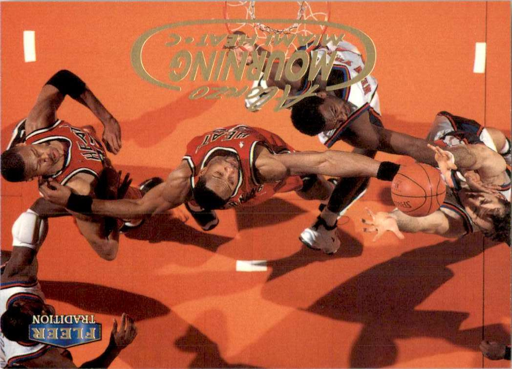 1998-99 Fleer Alonzo Mourning #92 card front image