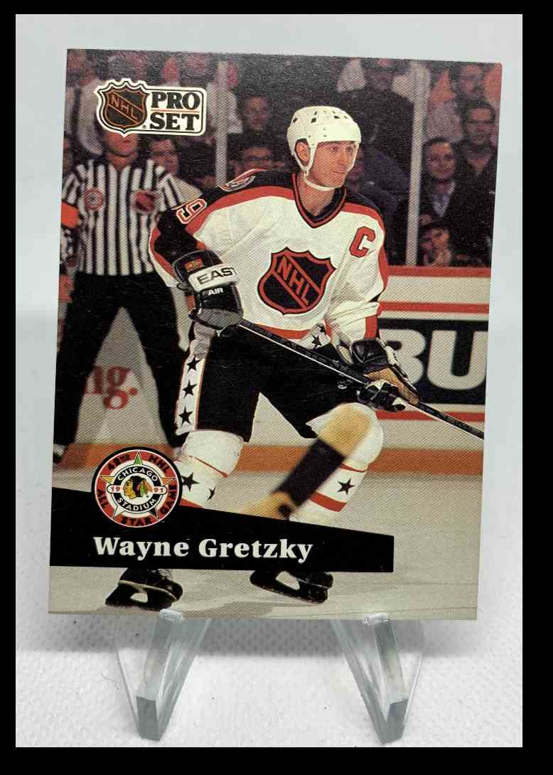 1991-92 Pro Set Wayne Gretzky #285 card front image