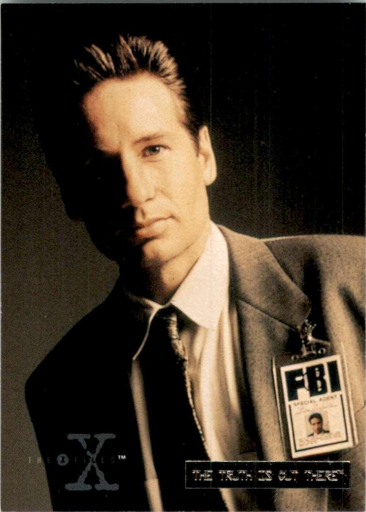 1996 X-Files Season Three Fox Mulder #03 card front image