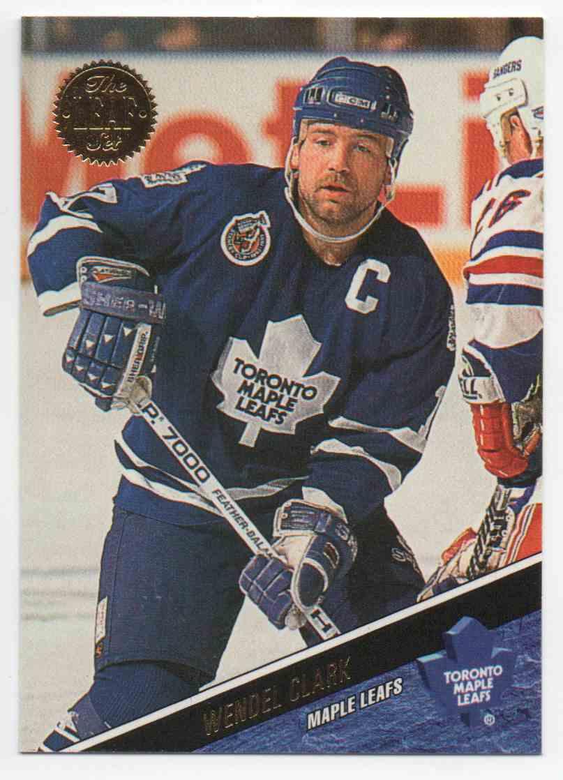 1993-94 Leaf Wendel Clark #166 card front image