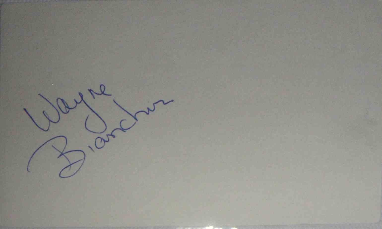 1973-74 3X5 Wayne Bianchin card front image