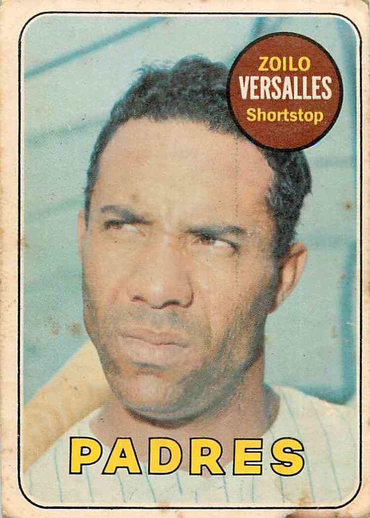 1969 Topps O-Pee-Chee Zoilo Versalles #38 card front image