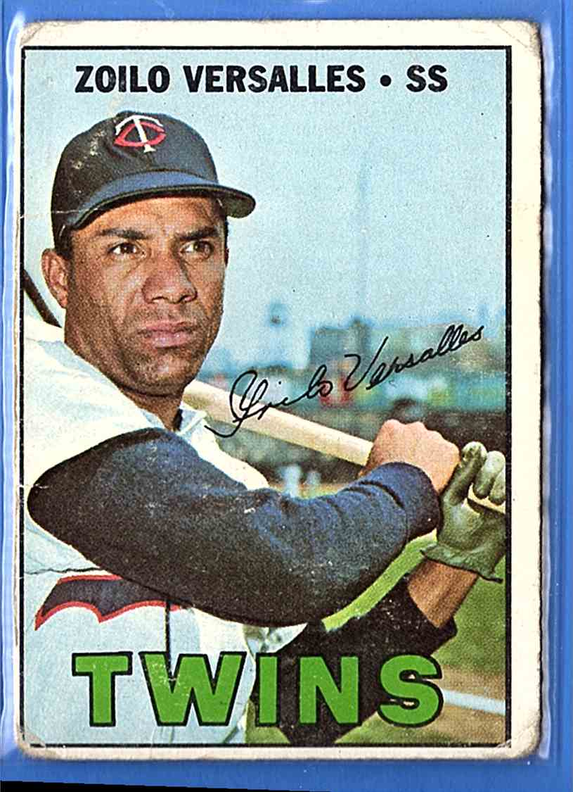 1967 Topps Zoilo Versalles #270 card front image