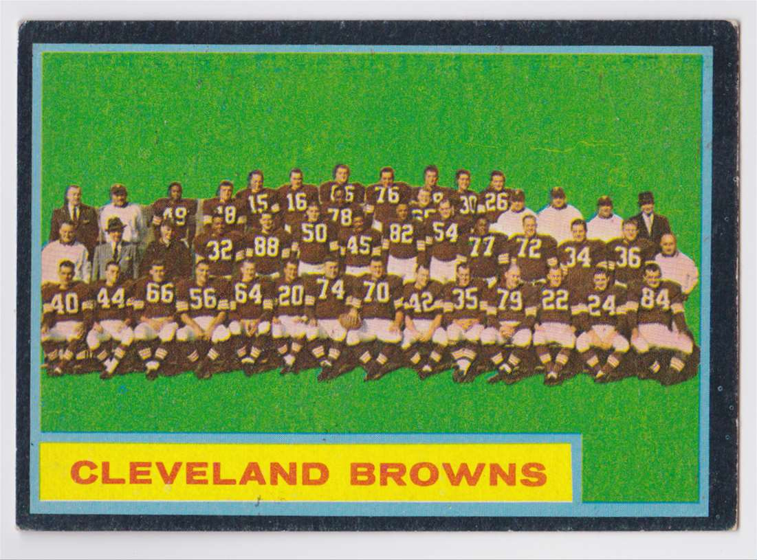 1962 Topps Browns Team #37 card front image