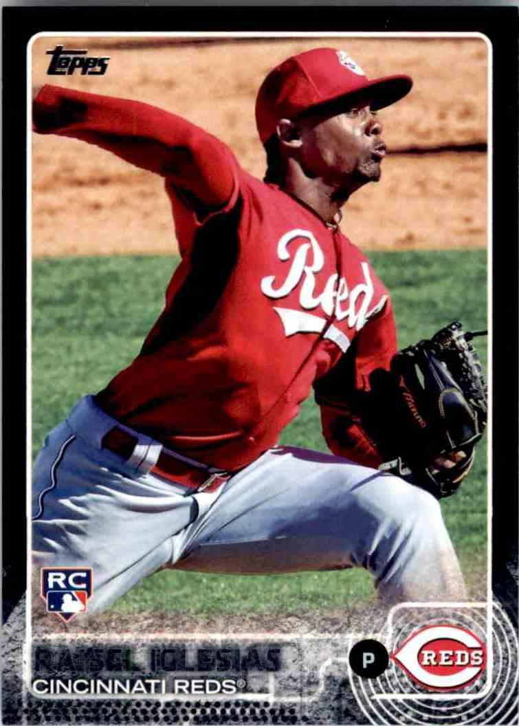 2015 Topps Black Raisel Iglesias #427 card front image
