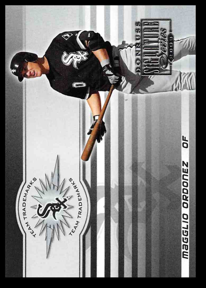 2003 Donruss Signature Team Trademarks Magglio Ordonez #19 card front image