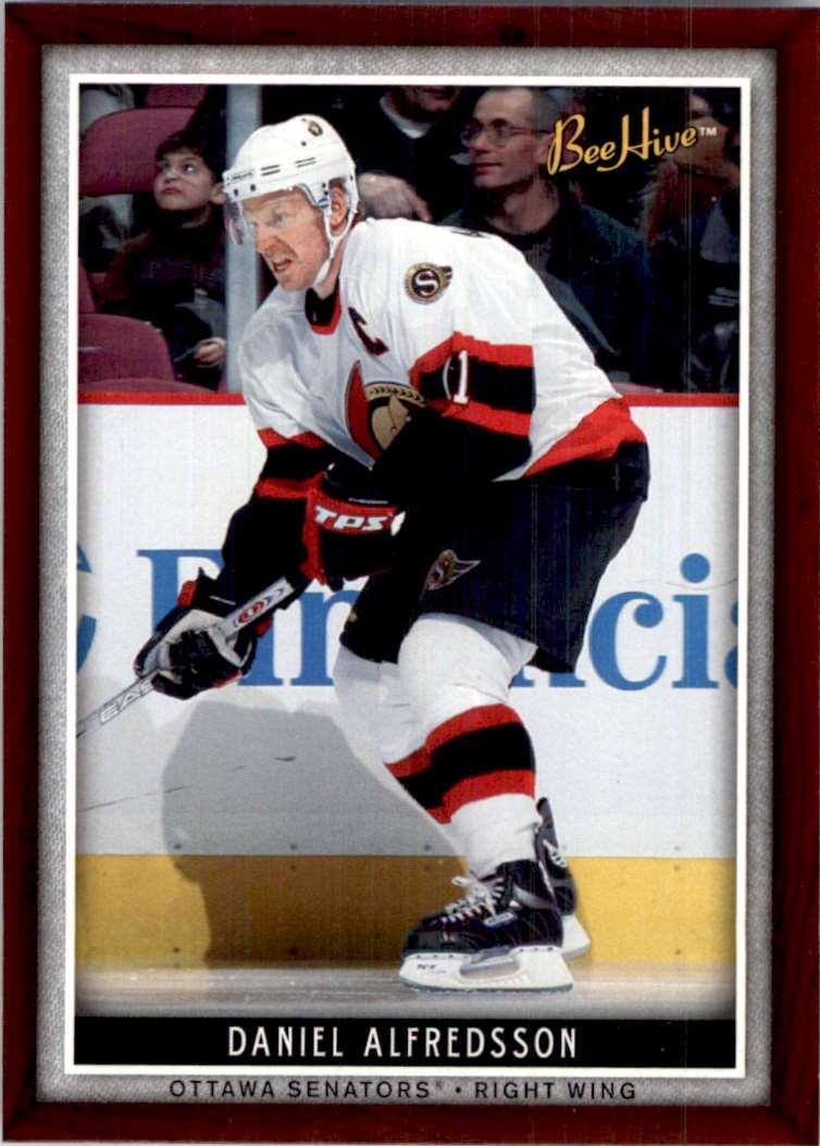 2006-07 Upper Deck Beehive Daniel Alfredsson #34 card front image